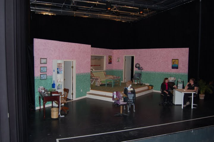 https://www.nwtc.lu/media/Show_Archives/2007 Steel Magnolias/Photos/DSC_0006.JPG